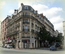 La Place du Maréchal de Lattre de Tassigny (vers la rue André Chénier)